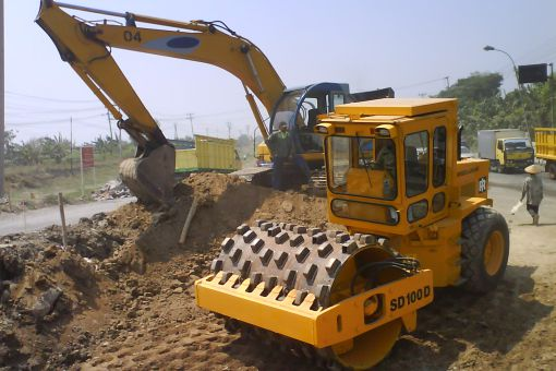 Sewa Alat Berat Excavator Proyek
