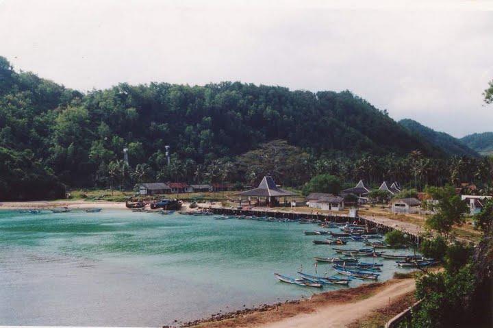 Ada Wisata Bahari di Gunungkidul Yogyakarta ?