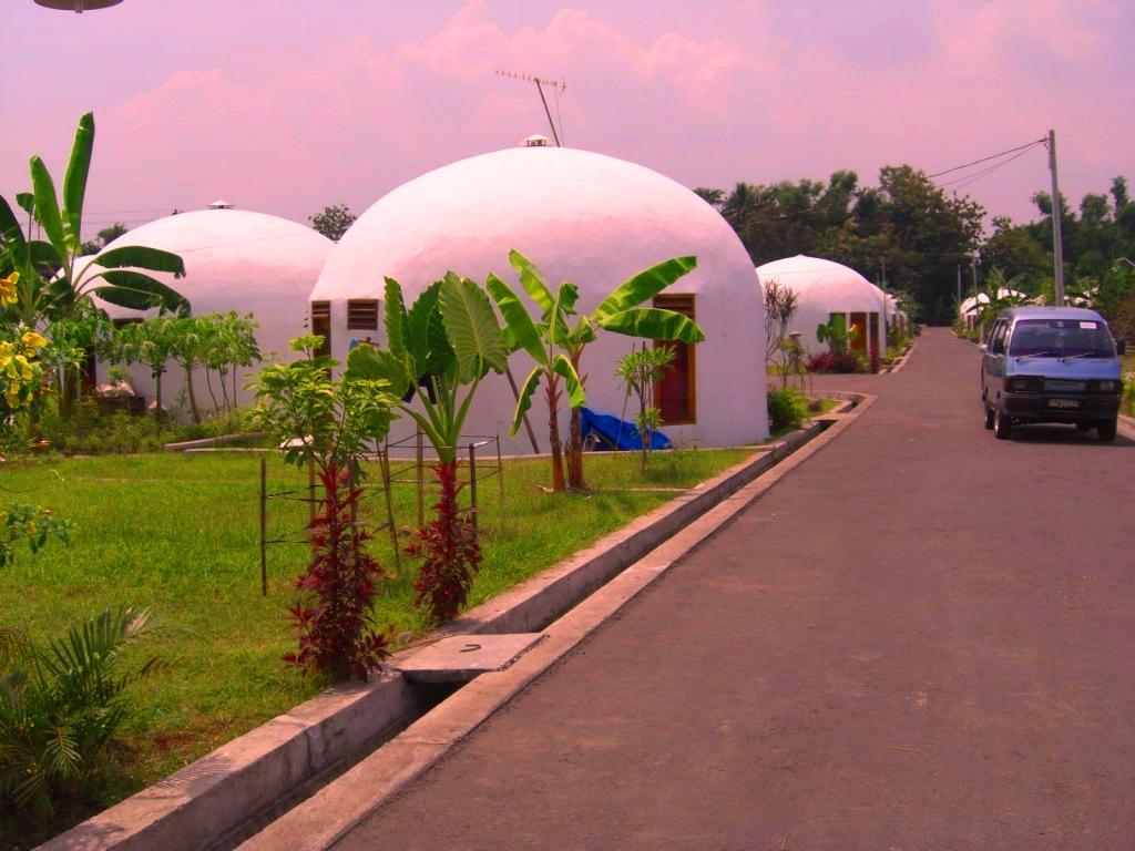 Main ke Desa Teletubbies di Prambanan Yuk!