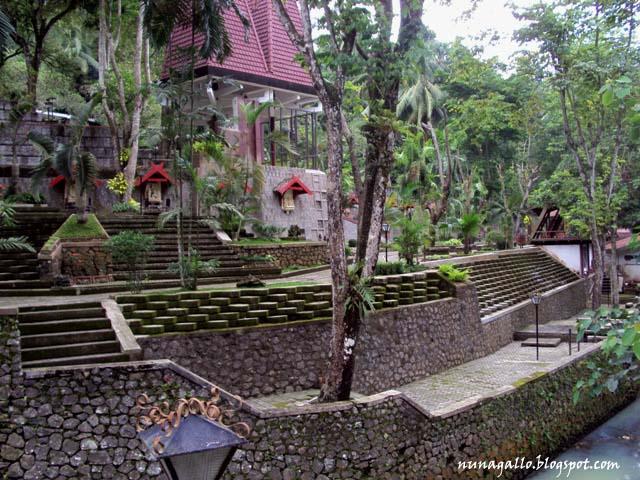 Sendang Sono, Tempat Berziarah Hingga Menikmati Keindahan Arsitektur