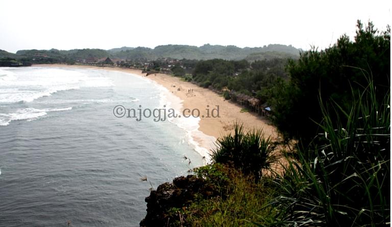 Pantai Krakal, Pantai Dengan Ombak Asyik Untuk Berselancar