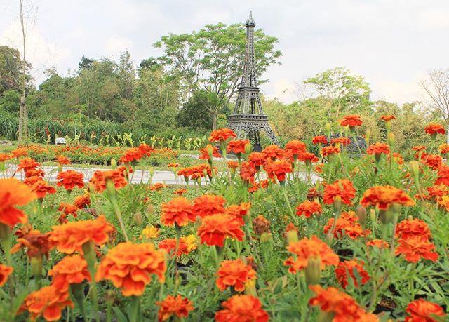 The World Landmarks Merapi Park, Taman Miniatur Dunia di Lereng Gunung