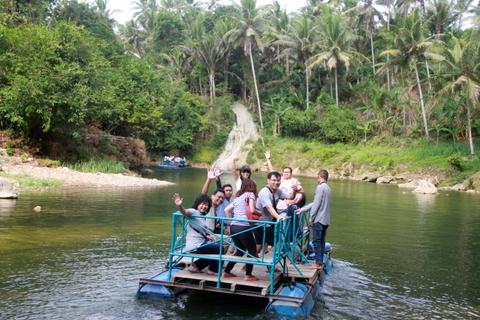 Menikmati Paket Wisata Air Terjun Sri Gethuk