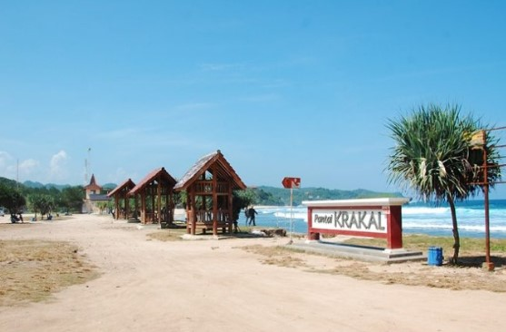 Pantai Krakal, Tempat Terbaik Berselancar di Jogja